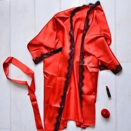 Женский атласный халат с кружевом под пояс 007 красный